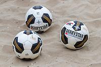 BERGEN AAN ZEE - 25-07-2016, strandtraining AZ, bal, derbystar.