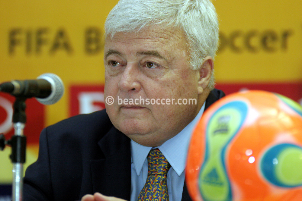 Footbal-FIFA Beach Soccer World Cup 2006 - Press Conference at Media Center- CEO of CBF  Ricardo Teixeira, - Rio de Janeiro, Brazil - 01/11/2006.<br />