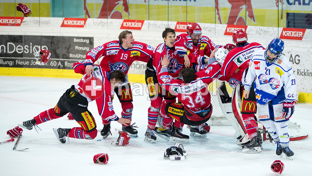 (L-R) Rapperswil-Jona Lakers players Cedric Sieber, Gian Andri Gegenschatz, Lars Mathis, Janis Egger, Elia Auriemma, goaltender Beat Trudel and Siro Rutzer celebrate their Swiss Champion title, while ZSC Lions defenseman Dominique Posch is disappointed after the fifth Elite B Playoff Final ice hockey game between Rapperswil-Jona Lakers and ZSC Lions held at the SGKB Arena in Rapperswil, Switzerland, Sunday, Mar. 19, 2017. (Photo by Patrick B. Kraemer / MAGICPBK)