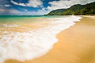 Ocean surf Oahu, Hawaii