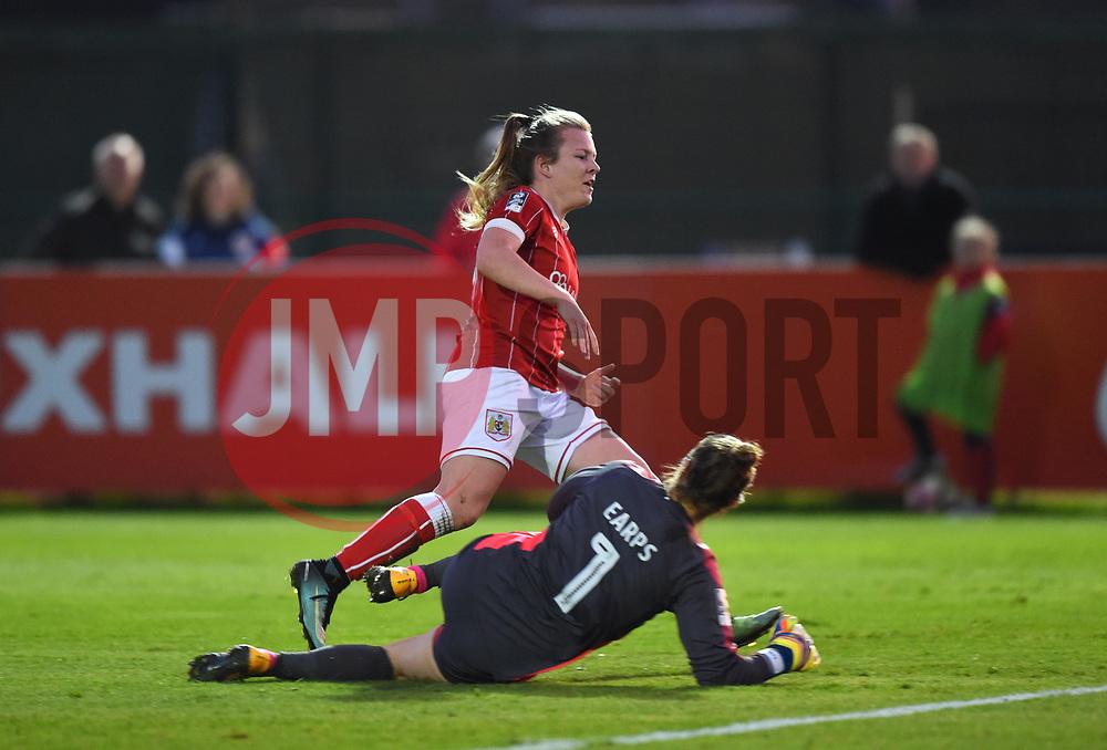 Mary Earps of Reading Women denies Lauren Hemp of Bristol City Women - Mandatory by-line: Paul Knight/JMP - 28/10/2017 - FOOTBALL - Stoke Gifford Stadium - Bristol, England - Bristol City Women v Reading Women - FA Women's Super League
