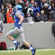 Garret Griffin, Air Force, scores the first of his two touchdowns, during the Army Black Knights Vs Air Force Falcons, College Football match at Michie Stadium, West Point. New York. Air Force won the game 23-6. West Point, New York, USA. 1st November 2014. Photo Tim Clayton
