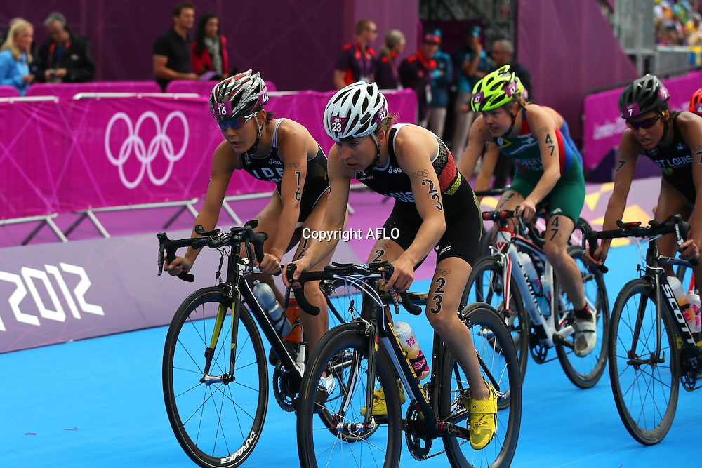 Juri Ide (JPN), <br /> AUGUST 4, 2012 - Triathlon : <br /> Women's <br /> at Hyde Park <br /> during the London 2012 Olympic Games in London, UK. <br /> (Photo by Koji Aoki/AFLO SPORT) [0008]