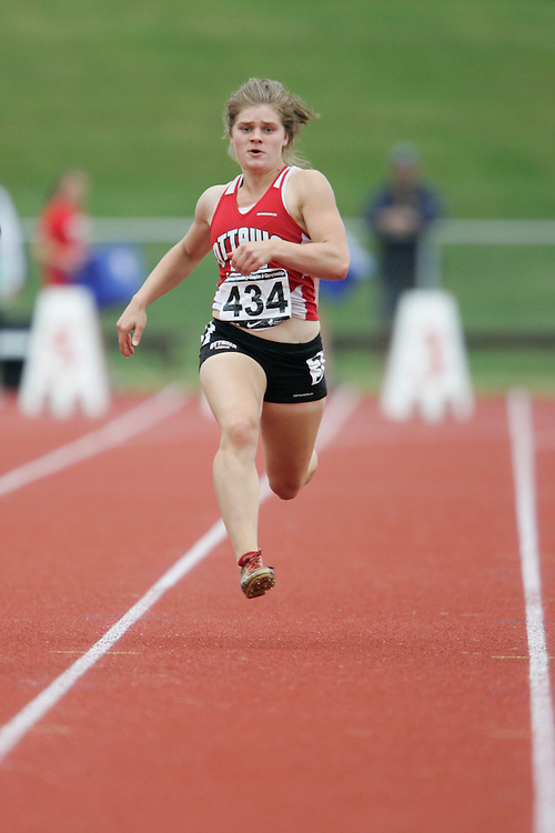 (Charlottetown, Prince Edward Island -- 20090717) Ashley Wilson of Ottawa Lions T.F.C. competes in the 100m at the 2009 Canadian Junior Track & Field Championships at UPEI Alumni Canada Games Place on the campus of the University of Prince Edward Island, July 17-19, 2009.  Copyright Geoff Robins / Mundo Sport Images , 2009...Mundo Sport Images has been contracted by Athletics Canada to provide images to the media.
