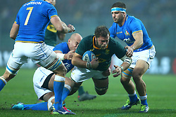 November 25, 2017 - Padova, Italy - Sergio Parisse of Italy tackling on Duane Vermeulen of South Africa at Plebiscito Stadium in Padova, Italy on November 25, 2017, during the Rugby test match between Italy v South Africa. (Credit Image: © Matteo Ciambelli/NurPhoto via ZUMA Press)