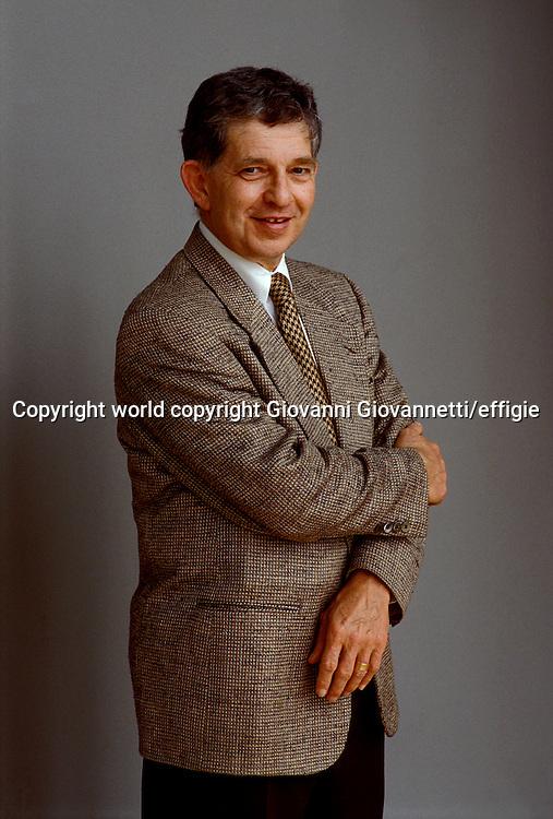 Stuart M. Kaminsky <br />world copyright Giovanni Giovannetti/effigie