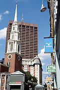 UNITED STATES-BOSTON-  PHOTO: Gerrit de Heus. VERENIGDE STATEN-BOSTON-Park Street Church. Rechts reclame voor Randstad uitzendbureau. PHOTO GERRIT DE HEUS
