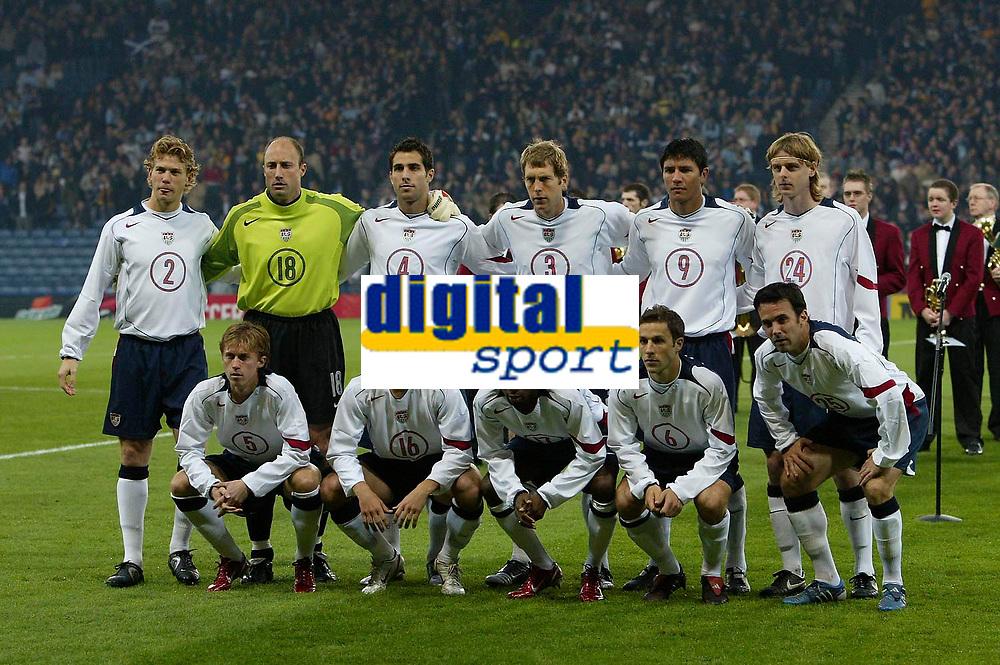 Photo: Andrew Unwin.<br />Scotland v USA. International Challenge. 12/11/2005.<br />The USA football / soccer team.