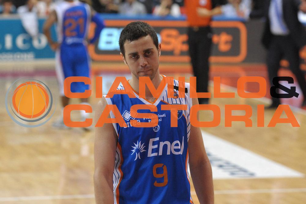 DESCRIZIONE : Biella Lega A 2010-11 Angelico Biella Enel Brindisi<br /> GIOCATORE : Giuliano Maresca<br /> SQUADRA : Enel Brindisi<br /> EVENTO : Campionato Lega A 2010-2011 <br /> GARA : Angelico Biella Enel Brindisi<br /> DATA : 12/05/2011<br /> CATEGORIA : Ritratto Delusione<br /> SPORT : Pallacanestro <br /> AUTORE : Agenzia Ciamillo-Castoria/ L.Goria<br /> Galleria : Lega Basket A 2010-2011  <br /> Fotonotizia : Biella Lega A 2010-11 Angelico Biella Enel Brindisi<br /> Predefinita :