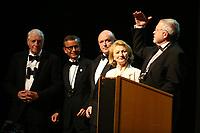 Mannheim. 11.02.18  <br /> Nationaltheater. Gro&szlig;e b&uuml;rgerschaftliche Auszeichnung &quot;Das Bloomaul&quot; an Rolf G&ouml;tz.<br /> Das Auswahlkomitee, darunter Bert Siegelmann, Achim Weizel und Marcus Haas, entschied sich f&uuml;r Rolf G&ouml;tz. Helen Heberer h&auml;lt die Laudatio.<br /> Bild-ID 078   Markus Pro&szlig;witz 11FEB18 / masterpress