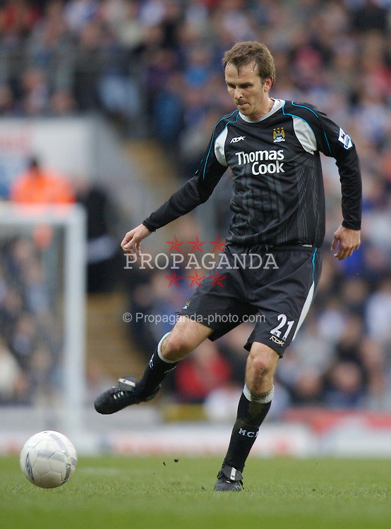 Blackburn, England - Sunday, March 11, 2007: Manchester City's Dietmar Hamann in action against Blackburn Rovers during the FA Cup Quarter Final at Ewood Park. (Pic by David Rawcliffe/Propaganda)