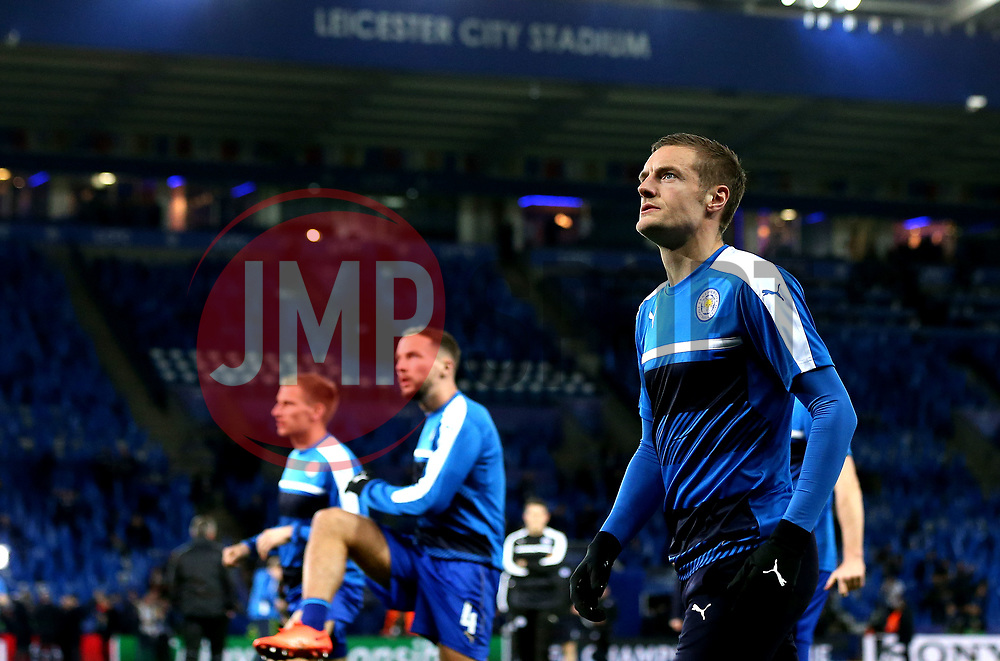 Jamie Vardy of Leicester City and teammates warm up - Mandatory by-line: Robbie Stephenson/JMP - 14/03/2017 - FOOTBALL - King Power Stadium - Leicester, England - Leicester City v Sevilla - UEFA Champions League round of 16, second leg