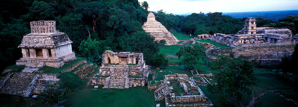 MEXICO, MAYAN, CHIAPAS Palenque, Temples and the Palace