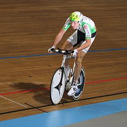 Tim Rodenburg werd met 1.06;617 kampioen op de kilomter