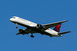 Delta Airlines Boeing 757-232 (registration N650DL) approaches San Francisco International Airport (SFO) over San Mateo, California, United States of America