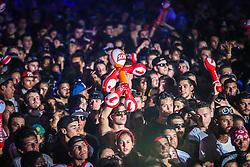 Público assiste a banda O Rappa no palco Planeta durante a 20ª edição do Planeta Atlântida, que ocorre nos dias 29 e 30 de janeiro, na SABA, na praia de Atlântida, no Litoral Norte gaúcho.  Foto: Jefferson Bernardes / Agência Preview