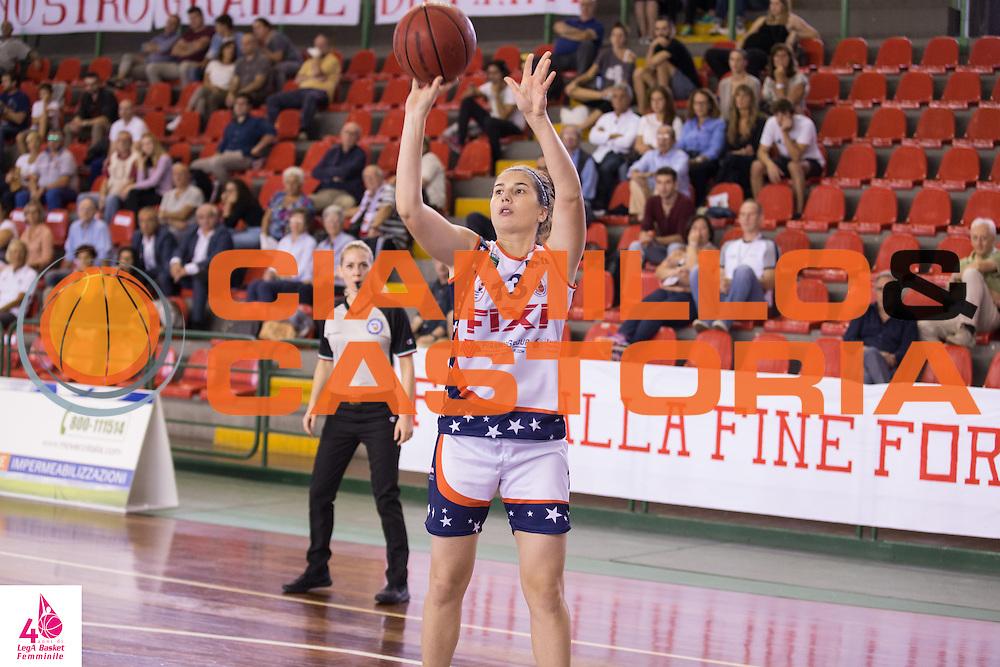 Sofia Marangoni <br /> Umana Reyer Venezia Fixi Piramis Torino<br /> LegA Basket Femminile 2016/2017<br /> Lucca, 02/10/2016<br /> Foto Elio Castoria/Ciamillo-Castoria