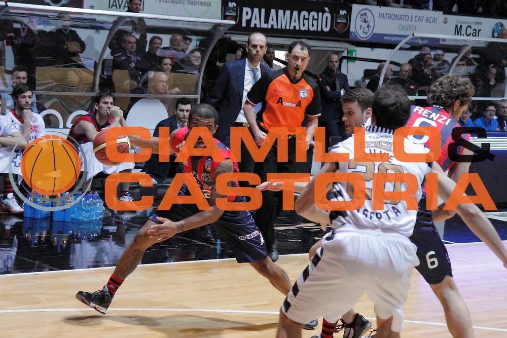 DESCRIZIONE : Caserta Lega A 2012-13 Juve Caserta Angelico Biella<br /> GIOCATORE : Trey Johnson<br /> CATEGORIA : palleggio<br /> SQUADRA : Angelico Biella<br /> EVENTO : Campionato Lega A 2012-2013 <br /> GARA : Juve Caserta Angelico Biella<br /> DATA : 03/02/2013<br /> SPORT : Pallacanestro <br /> AUTORE : Agenzia Ciamillo-Castoria/A. De Lise<br /> Galleria : Lega Basket A 2012-2013  <br /> Fotonotizia : Caserta Lega A 2012-13 Juve Caserta Angelico Biella