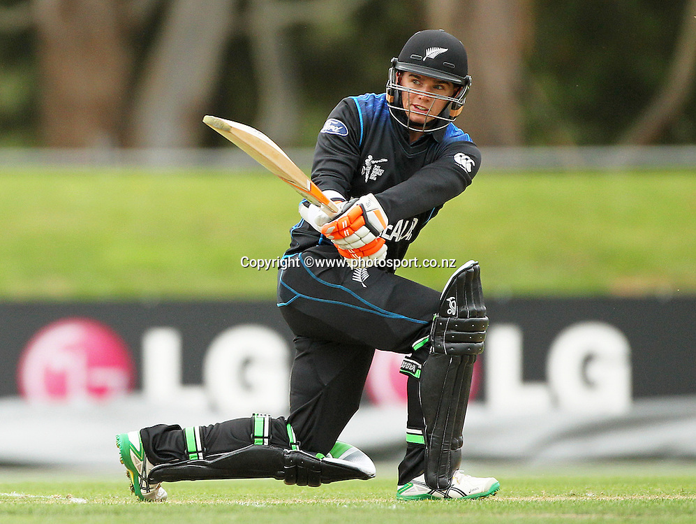 Tom Latham of the Black Caps batting during the ICC Cricket World Cup warm up game between the Black Caps v Zimbabwe at Bert Sutcjliffe Oval, Lincoln, Christchurch. 9 February 2015 Photo: Joseph Johnson / www.photosport.co.nz