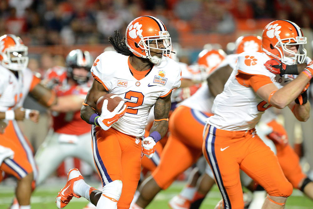 January 3, 2014: Sammy Watkins #2 of Clemson rushes upfield during the NCAA football game between the Clemson Tigers and the Ohio State Buckeyes at the 2014 Orange Bowl in Miami Gardens, Florida. The Buckeyes led the Tigers 22-20 at the half.