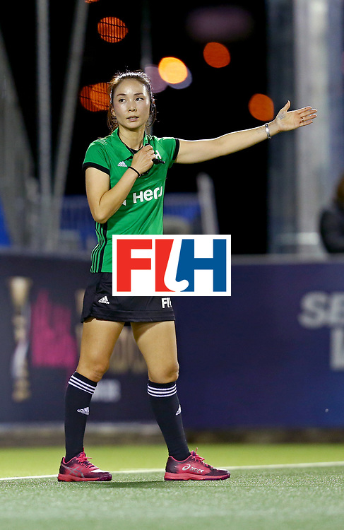 New Zealand, Auckland - 17/11/17  <br /> Sentinel Homes Women&rsquo;s Hockey World League Final<br /> Harbour Hockey Stadium<br /> Copyrigth: Worldsportpics, Rodrigo Jaramillo<br /> Match ID: 10292 - NED vs NZL<br /> Photo: umpire KIM Jung Hee (KOR)