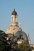 Kuppeln der Kunstakademie und Frauenkirche, Elbpanorama, Dresden, Sachsen, Deutschland | domes of Academy of Arts and Church of Our Lady, Dresden, Saxony, Germany,