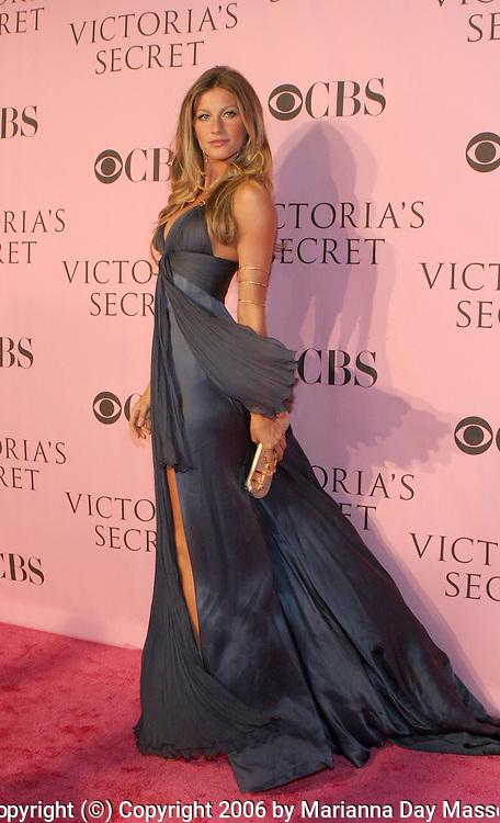 Nov 16, 2006; Hollywood, CA, USA; Model GISELE BUNDCHEN arrives for the Victoria's Secret Fashion Show. Mandatory Credit: Photo by Marianna Day Massey/ZUMA Press. (©) Copyright 2006 by Marianna Day Massey
