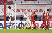 GOAL 1:1 Tor, Jubel, v.l. Torschuetze Danny da Costa (Frankfurt), Sebastian Rode, Thiago Alcantara (Bayern), David Alaba<br /> Muenchen during the Bayern Munich vs Eintracht Frankfurt, German Cup Semi-Final at Allianz Arena, Munich, Germany on 10 June 2020.