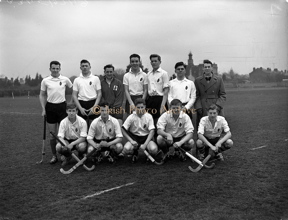 26/03/1960<br /> 03/26/1960<br /> 26 March 1960<br /> Interprovincial Hockey: Ulster v Combined Munster and South East at Claremount Road, Dublin. The Ulster team that defeated the Combined Munster and South East team.