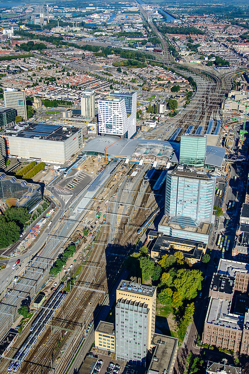 Nederland, Utrecht, Gemeente Utrecht, 30-09-2015;  Ontwikkeling van het Stationsgebied Utrecht - CU2030. <br /> Centraal station.<br /> Developement of the new Station Area Utrecht.<br /> luchtfoto (toeslag op standard tarieven);<br /> aerial photo (additional fee required);<br /> copyright foto/photo Siebe Swart