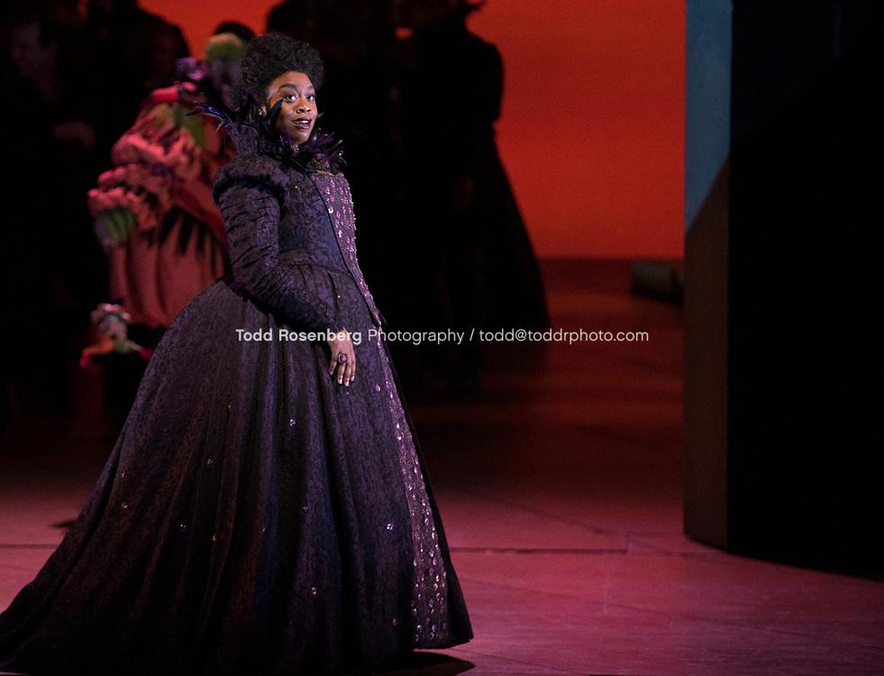 10/4/17 1:08:48 PM -- Lyric Opera Chicago Presents <br /> Giuseppe Verdi's Rigoletto <br /> <br /> &copy; Todd Rosenberg Photography 2017