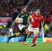South Africa's Willie Le Roux on the attack during the Rugby World Cup Quarter Final match between South Africa and Wales at Twickenham, Richmond, United Kingdom on 17 October 2015. Photo by Matthew Redman.