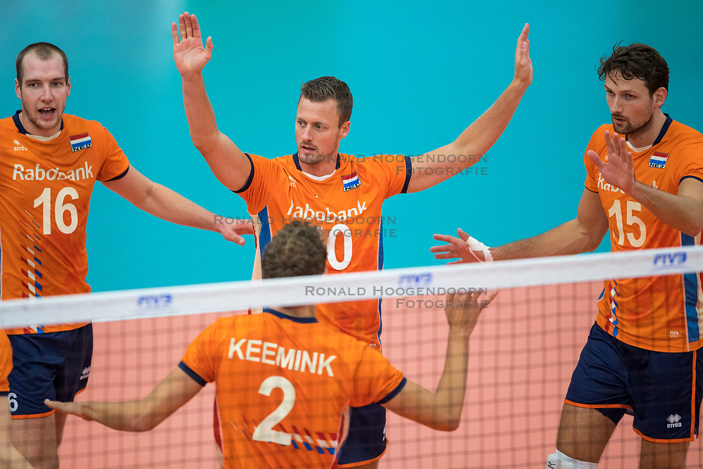 08-09-2018 NED: Netherlands - Argentina, Ede<br /> Second match of Gelderland Cup / Wouter ter Maat #16 of Netherlands, Jeroen Rauwerdink #10 of Netherlands, Thomas Koelewijn #15 of Netherlands