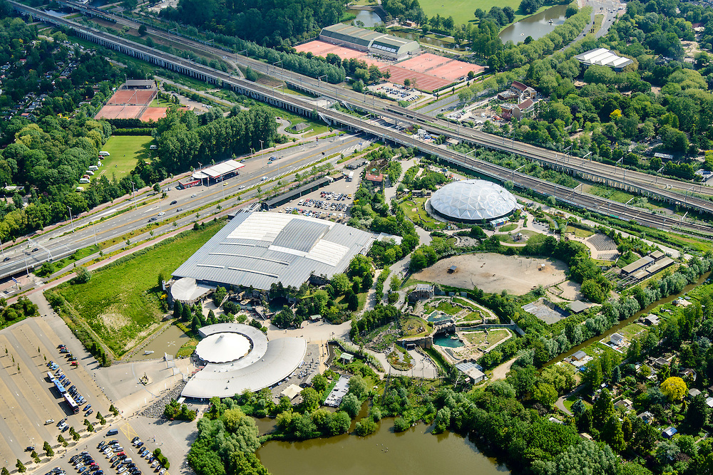 Nederland, Zuid-Holland, Rotterdam, 10-06-2015; Blijdorpse Polder, Diergaarde Blijdorp met Oceanium.<br /> Blijdorp Zoo in the North of Rotterdam.<br /> luchtfoto (toeslag op standard tarieven);<br /> aerial photo (additional fee required);<br /> copyright foto/photo Siebe Swart