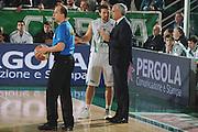 DESCRIZIONE : Avellino Lega A 2009-10 Air Avellino Armani Jeans Milano<br /> GIOCATORE : Antonio Porta Cesare Pancotto<br /> SQUADRA : Air Avellino<br /> EVENTO : Campionato Lega A 2009-2010<br /> GARA : Air Avellino Armani Jeans Milano<br /> DATA : 13/12/2009<br /> CATEGORIA : Coach Fair Play Arbitro<br /> SPORT : Pallacanestro<br /> AUTORE : Agenzia Ciamillo-Castoria/G.Ciamillo<br /> Galleria : Lega Basket A 2009-2010 <br /> Fotonotizia : Avellino Campionato Italiano Lega A 2009-2010 Air Avellino Armani Jeans Milano<br /> Predefinita :