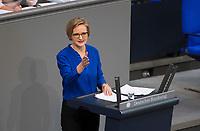 DEU, Deutschland, Germany, Berlin, 01.02.2018: Dr. Franziska Brantner (Bündnis 90/Die Grünen) bei einer Rede im Deutschen Bundestag.