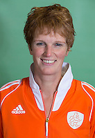 DELFT - manager Hillegonde van Dalfsen. Nederlands zaalhockeyteam dames voor EK in Minsk. COPYRIGHT KOEN SUYK