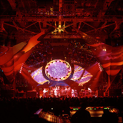 Grateful Dead in Concert 29 September 1994 at The Boston Garden. Image No. 94GDC52-06. Stage, Set and Lighing Design View. Photography taken from the lighting booth for Candace Brightman LD.