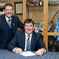 St Johnstone manager Tommy Wright pictured in the boardroom at McDiarmid Park this afternoon with Chairman Steve Brown after siging a three year contract extension….07.12.18<br />