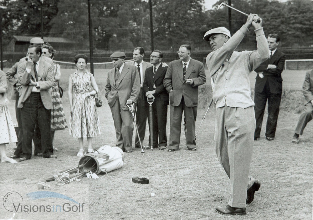 Ben Hogan practicing at Wentworth 1956<br /> <br /> Picture Credit: &copy;Visions In Golf