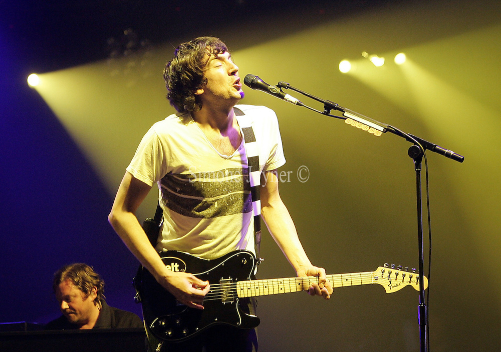 Gary Lightbody of Snow Patrol performs live on the main  stage during day one of 'Radio 1's Big Weekend' at Lydiard Country Park on May 9, 2009 in Swindon, England.  (Photo by Simone Joyner)