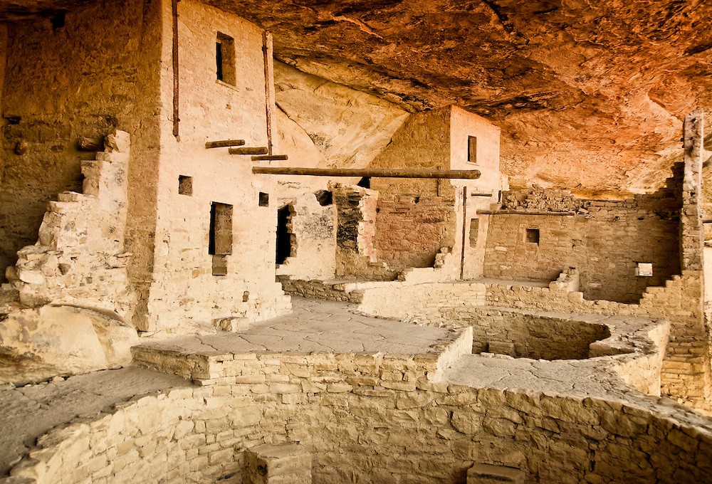 Cliff Dwellings, Mesa Verde National Park, CO, USA.