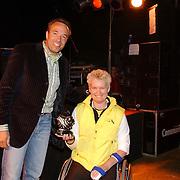 Huizer Sportgala 2005, uitreiking sportprijzen, sportvrouw Djoke van Marum en Tom Coronel