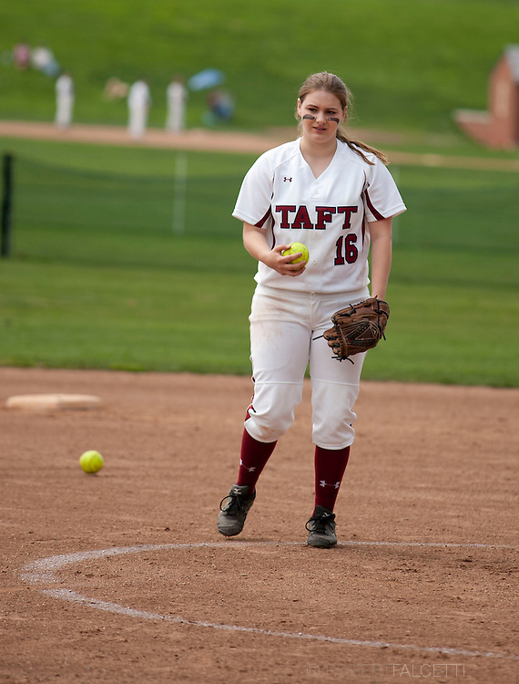 Taft School-May 7, 2014- Girls Varsity Softball v Kent. (Photo by Robert Falcetti)