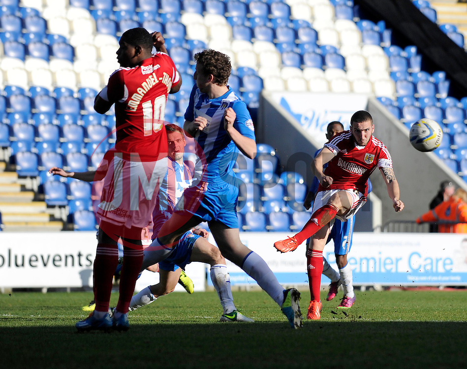 Bristol City's Martin Paterson takes a shot at goal. - Photo mandatory by-line: Dougie Allward/JMP - Mobile: 07966 386802 22/03/2014 - SPORT - FOOTBALL - Colchester - Colchester Community Stadium - Colchester United v Bristol City - Sky Bet League One