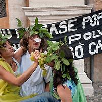 Manifestazione per il diritto all'abitare