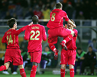 Steven Gerrard Liverpool celebrates with John Arne Riise and team-mates afterhis Liverpool's secound goal <br />