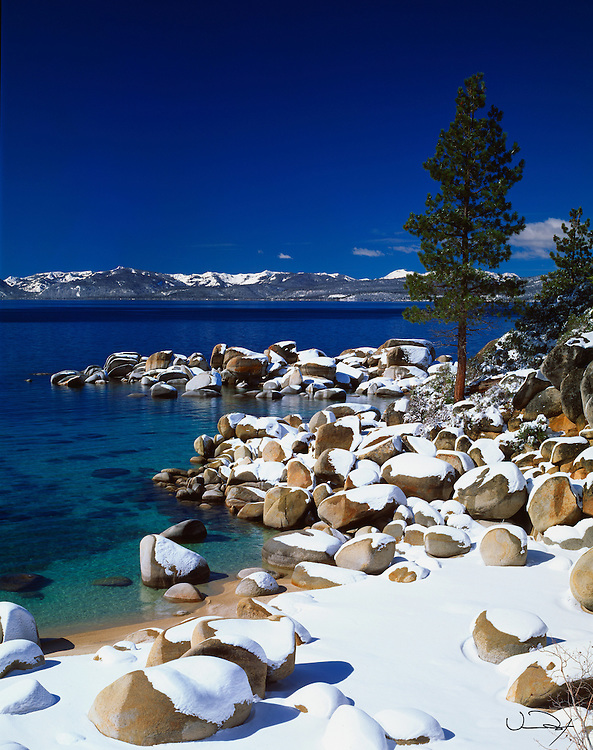Lake Tahoe Scenic Rocky Winter