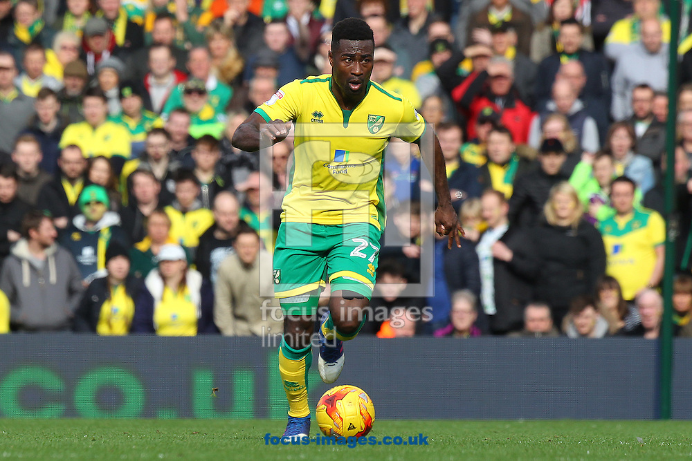 Alexander Tettey of Norwich in action during the Sky Bet Championship match at Carrow Road, Norwich<br /> Picture by Paul Chesterton/Focus Images Ltd +44 7904 640267<br /> 26/02/2017