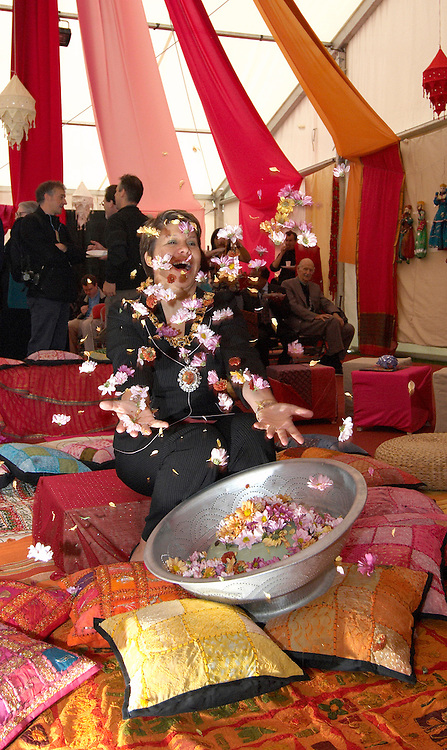 Lesley Hinds Lord Provost of Edinburgh launching flowers at the opening of Edinburgh Mela 2006<br />